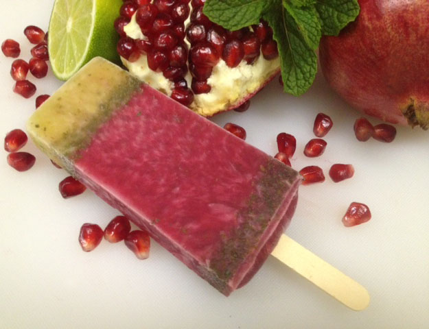 Festive Pomegranate Mojito pops for the holidays!
